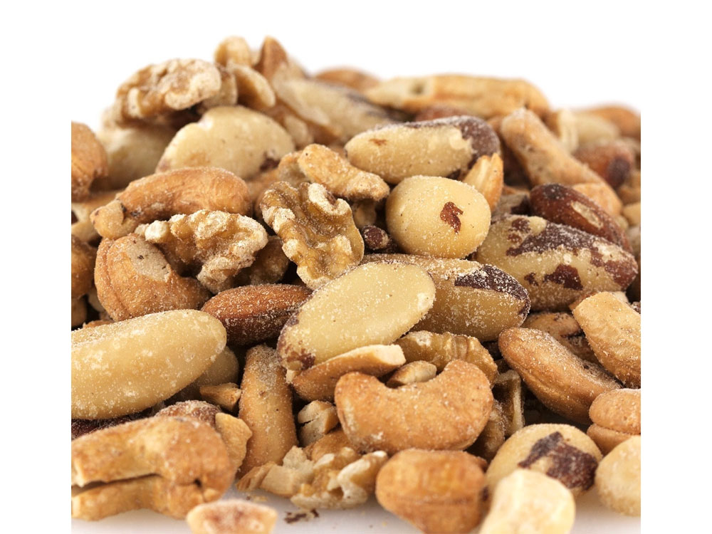 Roasted and Salted Deluxe Bulk Mixed Nuts (15 lbs)